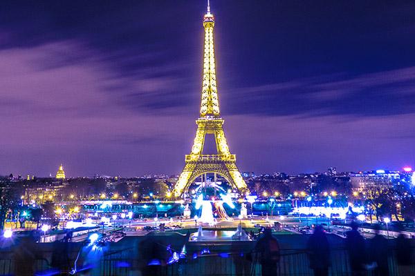 Tours a Francia